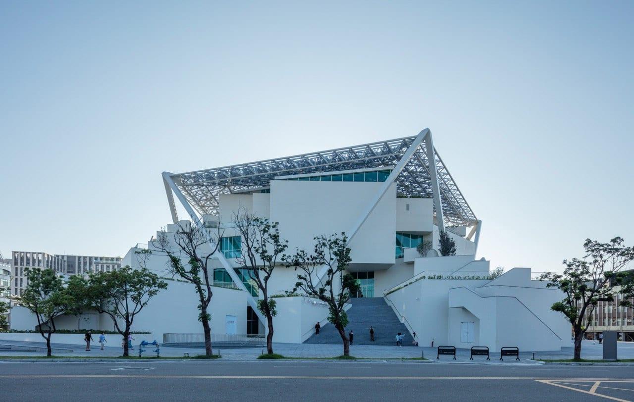 Завершена работа над Тайнаньским художественным музеем по проекту Сигэру Бана