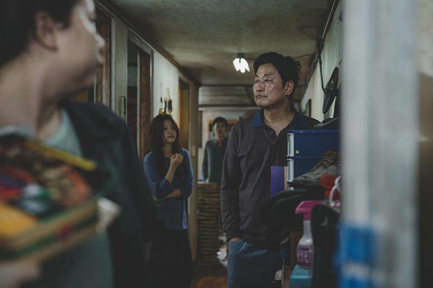 Гениальные «Паразиты» глазами корейского общества