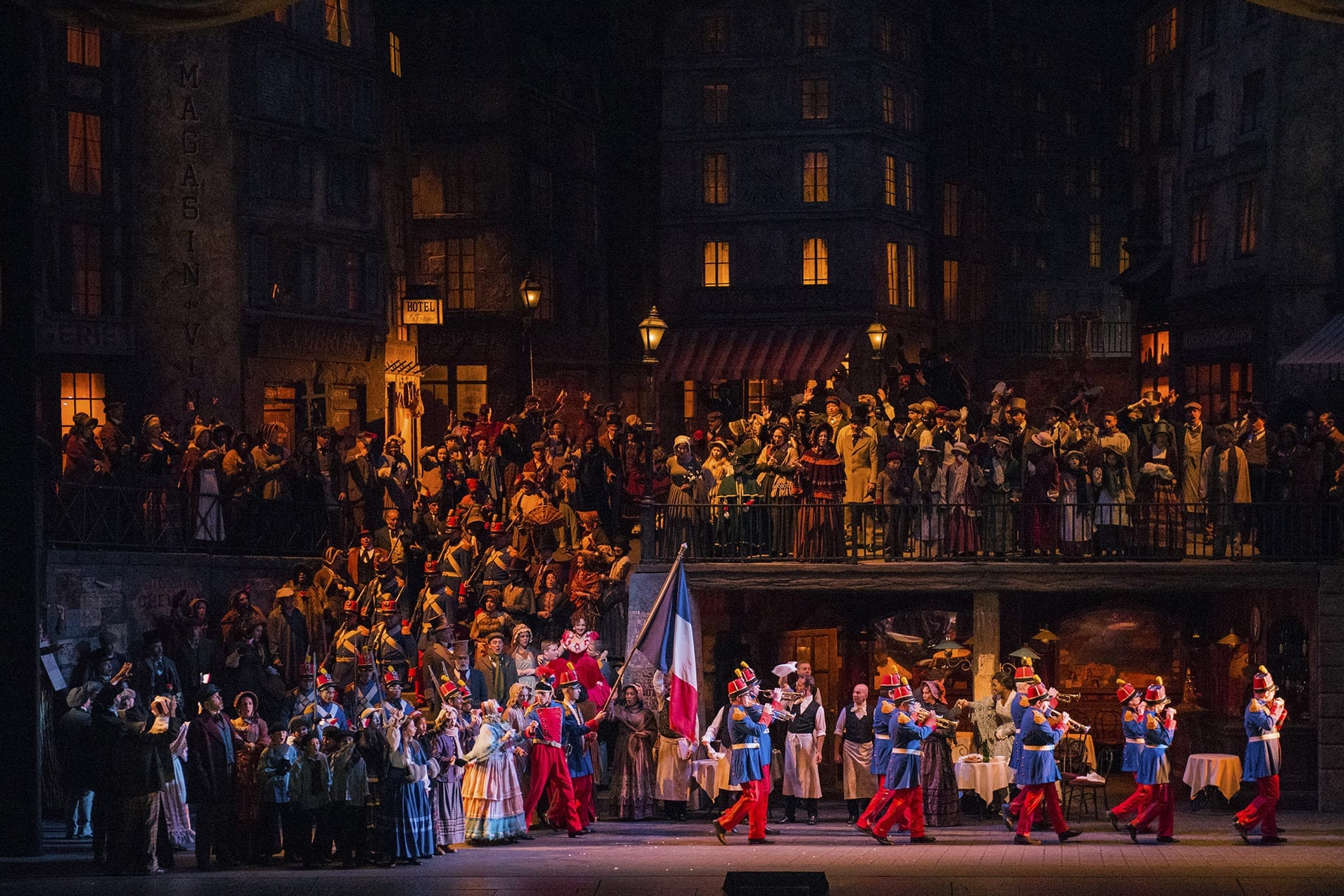 Метрополитен-опера объявила расписание онлайн-трансляций с 12 по 18 мая