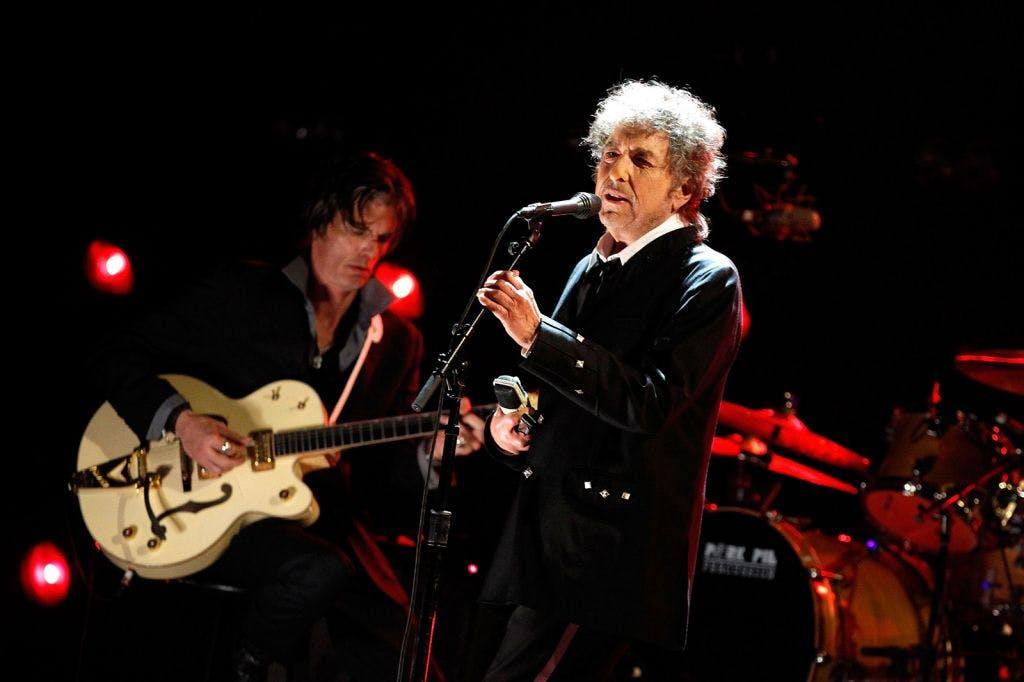 Боб Дилан выпустил новый альбом Rough and Rowdy Days