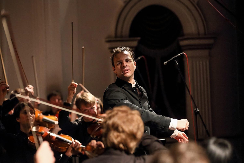 Пятая симфония Бетховена висполнении оркестра Теодора Курентзиса вошла вшорт-лист премии Gramophone