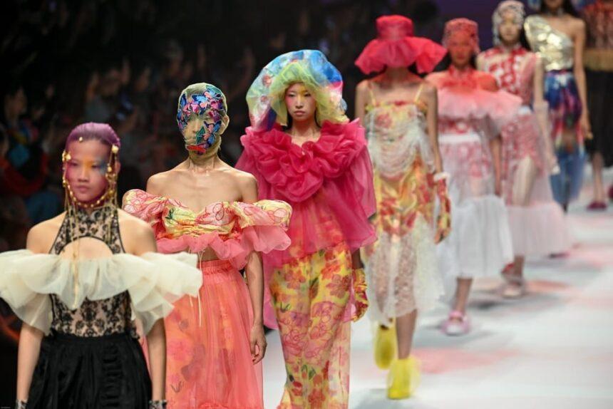 7лучших брендов Недели моды вШанхае