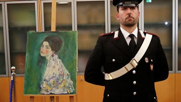 «Портрет женщины» Климта возвращается вмузей спустя 20лет после похищения