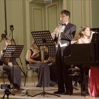 Онлайн-показ документального фильма «Ноктюрн» режиссера Чон Гванчо class=
