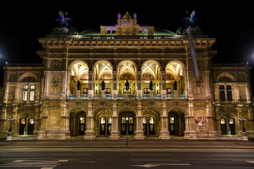 Венская опера объявила расписание бесплатных втрансляций нанеделю