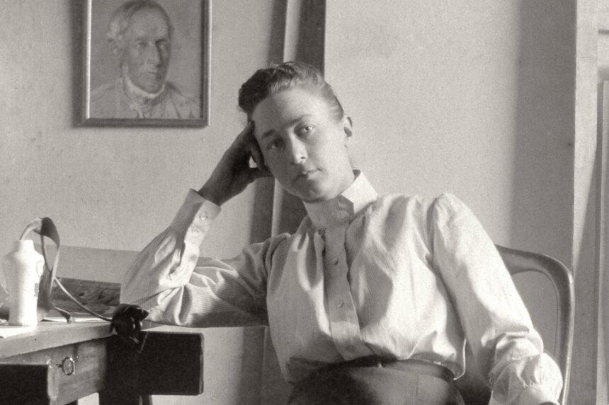 Лассе Халльстрём поставит байопик о художнице и мистике Хильме аф Клинт