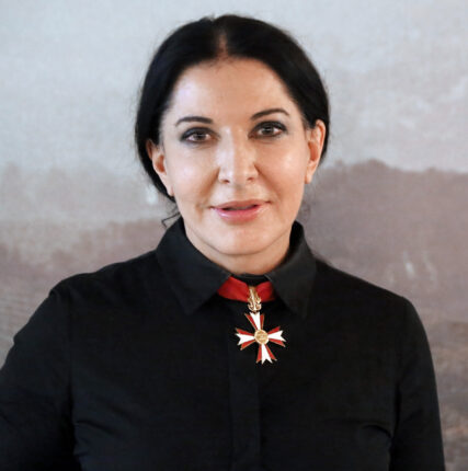 Марина Абрамович поделилась своим «Методом»