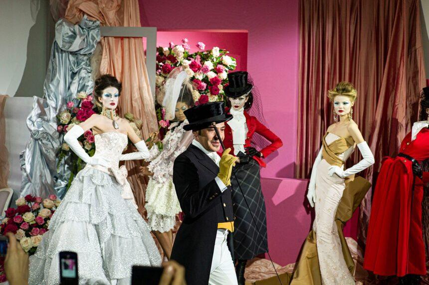 Более 500 архивных вещей Джона Гальяно для Dior выставят на торги