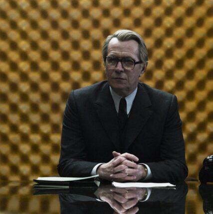 Создатели «Шпион, выйди вон» экранизируют серию шпионских романов Дейва Хатчинсона
