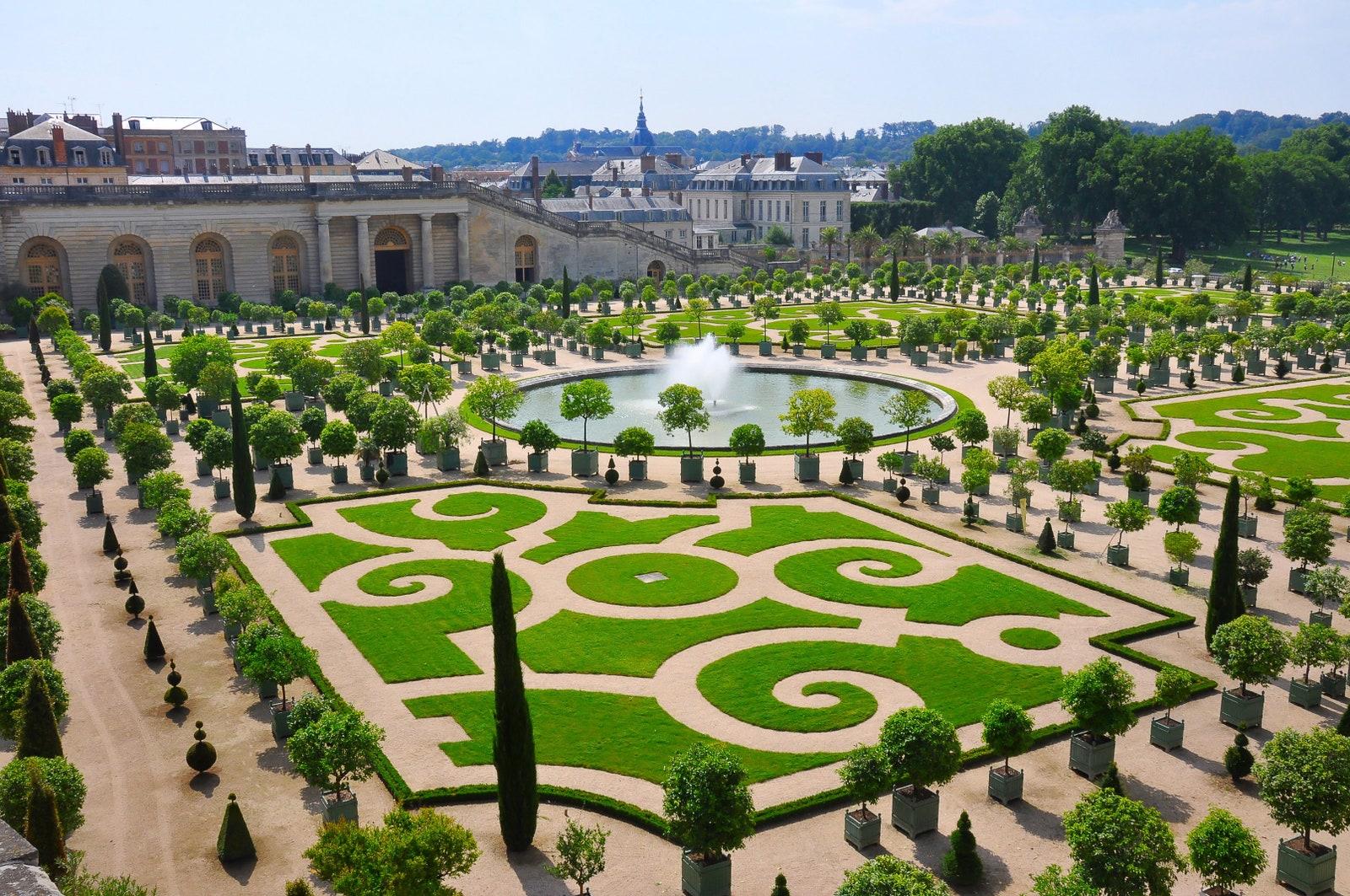 Отель на территории Версаля предлагает пожить по-королевски