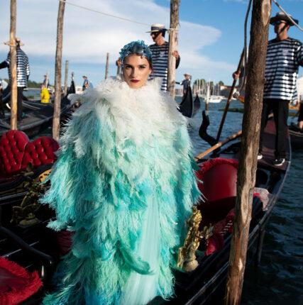Показ Dolce & Gabbana Alta Moda: комедия дель арте на площади Сан-Марко