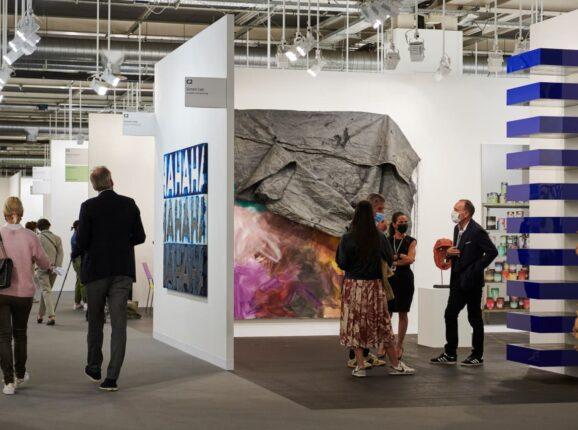 Art Basel, LISTE и JUNE: арт-ярмарки возвращаются в Базель